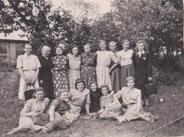 kudonių moterys